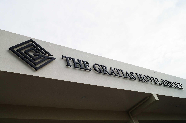 THE GRATIAS HOTEL RESORT